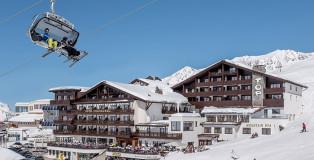 skiin-skiout-A